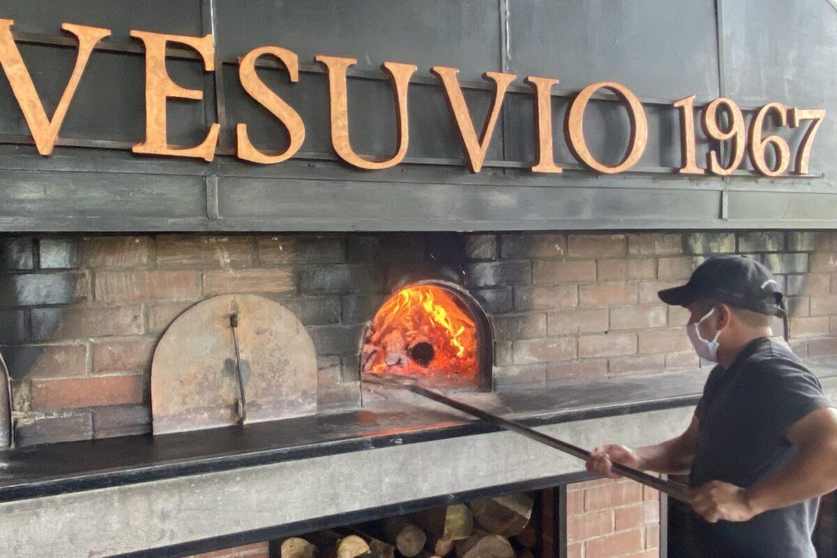 Vesuvio cumple hoy 54 años: esta es su historia