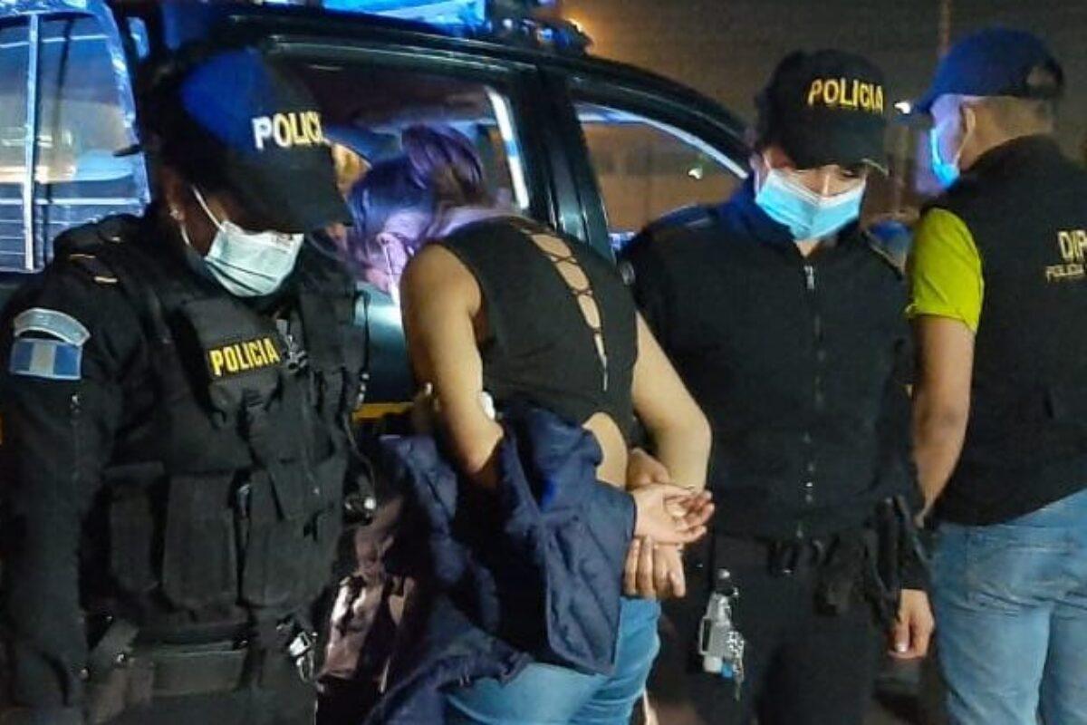 Adolescente capturada con armas rendirá declaración