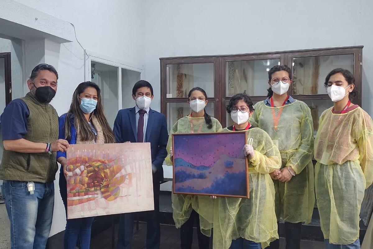 Expertos de la institución CREA restaurarán más de 140 pinturas de Quetzaltenango