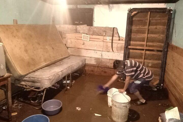 Solicitan ayuda para afectados por inundaciones en la zona 7 de Xela