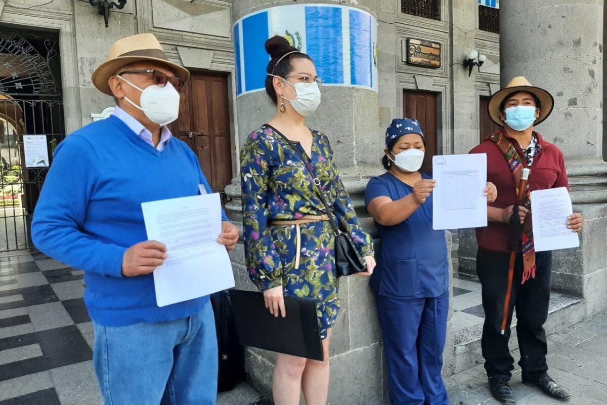 Anuncian recolección de firmas para exigir renuncia del presidente
