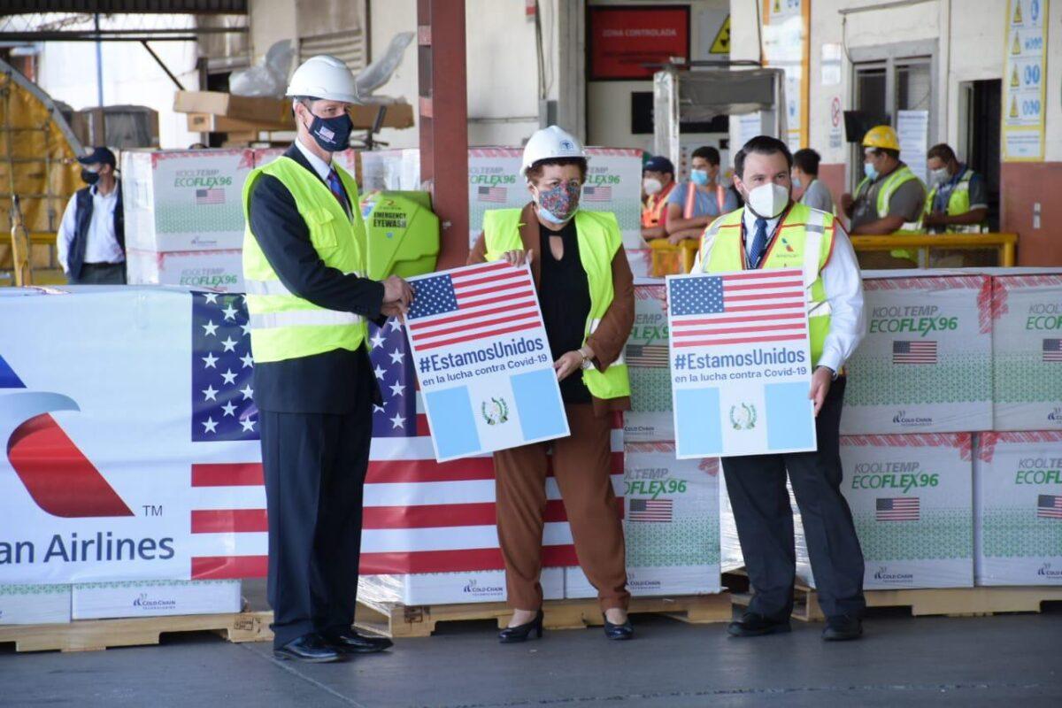 Guatemala recibe 3 millones de dosis de Moderna de parte de Estados Unidos
