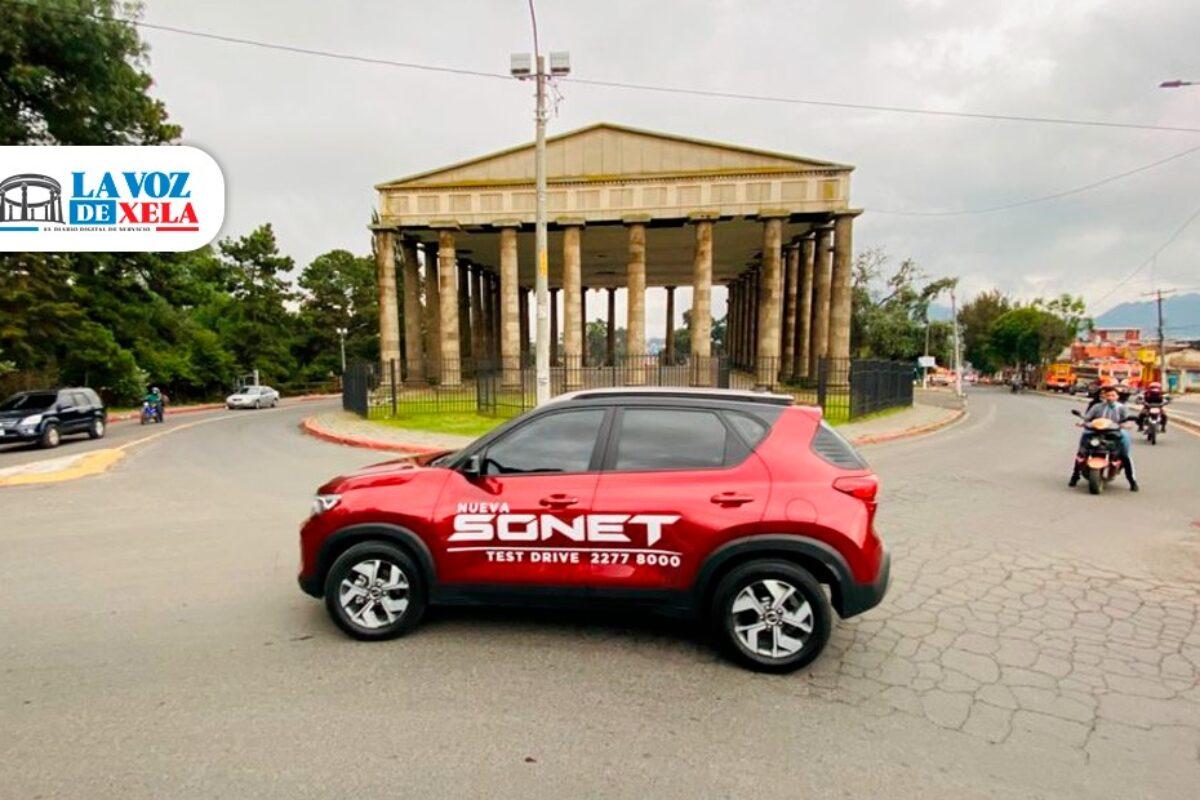 La experiencia de conducir una Sonet Premium en Xela